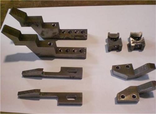 ワイヤーカットによる一般機械部品加工